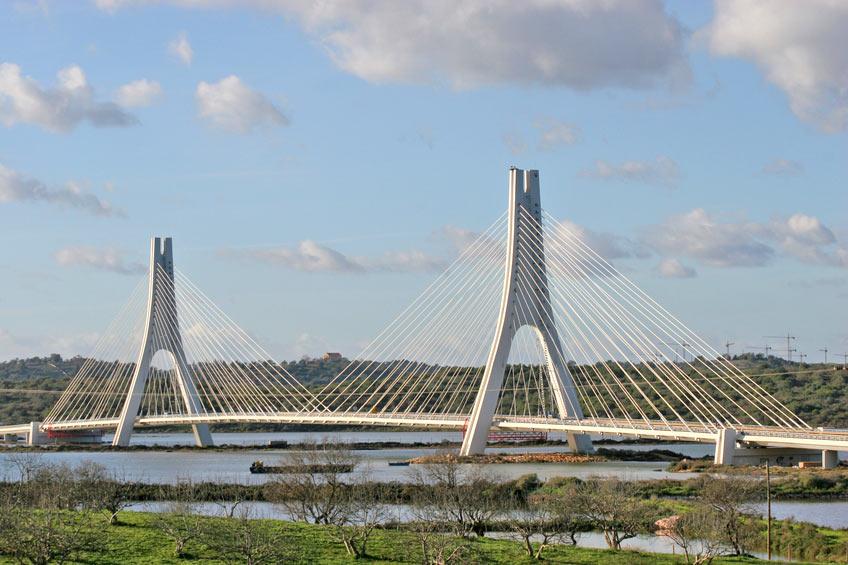 portimao suspension bridge portugal travel guide photos. Black Bedroom Furniture Sets. Home Design Ideas