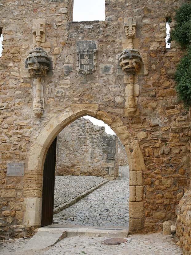 Torres Vedras Castle Entrance Portugal Travel Guide Photos