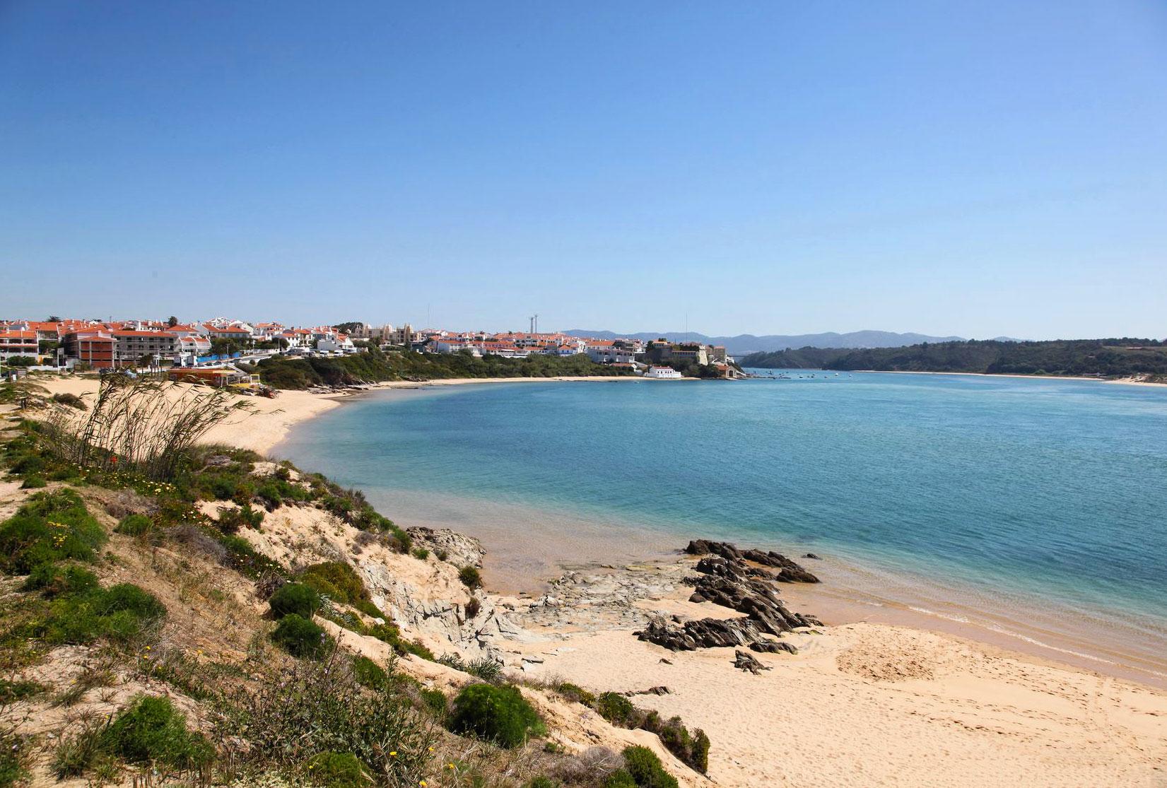 Praia da Franquia - Vila Nova de Milfontes | Alentejo Beaches | Portugal  Travel Guide