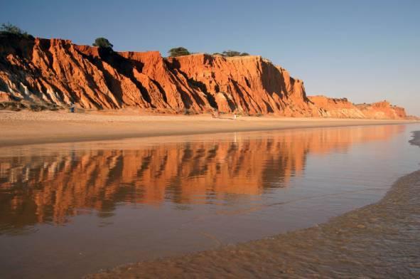 Praia da Falesia beach
