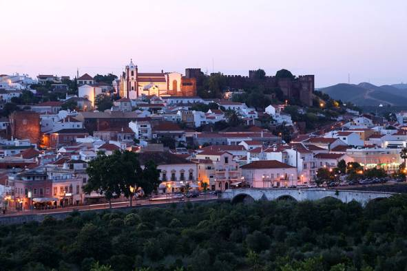 Silves by night