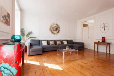 Tejo Vintage Three-Bedroom Apartment - by LU Holidays