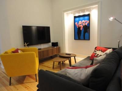 Lisbon Center Modern Art Apartment