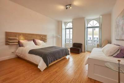 Timeless apartment at the heart of the village