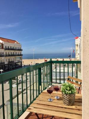 Apartamento com vista mar (a 1 minuto da praia)