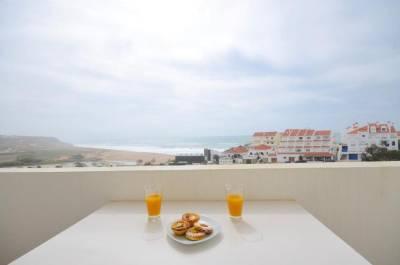 Sea Beach and Horizon Views