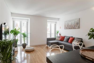 Babylon Duplex Apartment - Chiado (NEW)