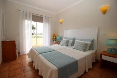 Apartamento com Piscina
