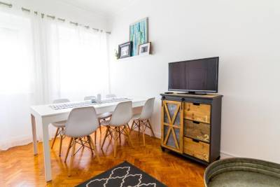 Avenidas Cozy Apartment