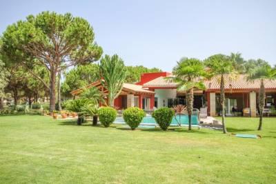 Villas by Cascatas