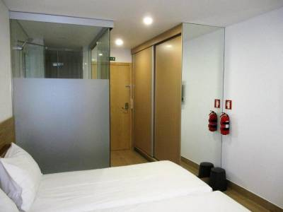 Central Suites 2