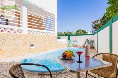 Vilamoura Beach House with Heated Pool, 3 min from beach