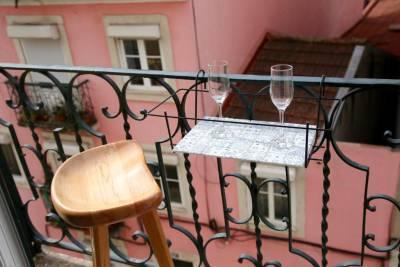 LovelyStay - The Lisbon Flat - Graça