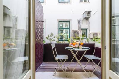 Modernity and Comfort at Lisbon Downtown