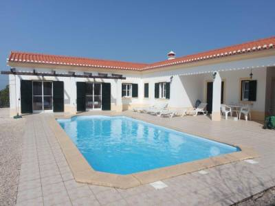 Holiday House in Vale da Telha