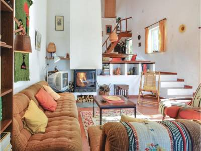 One-Bedroom Holiday home P-2655-123 Urzal with a Fireplace 08