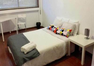 Aslep Hostel, Private Rooms with Shared Bathrooms