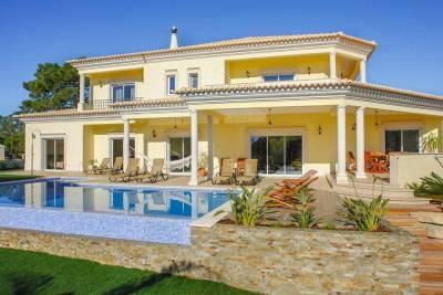 Cavacos Villa Sleeps 10 Pool Air Con WiFi