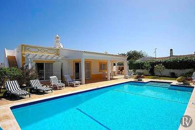 Albufeira Villa Sleeps 6 Pool Air Con WiFi
