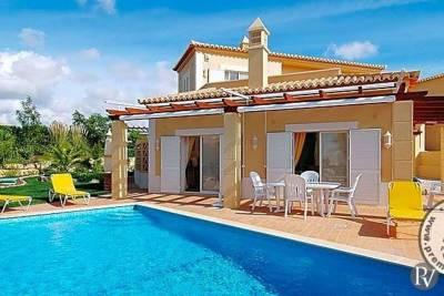 Carvoeiro Villa Sleeps 4 Pool Air Con WiFi