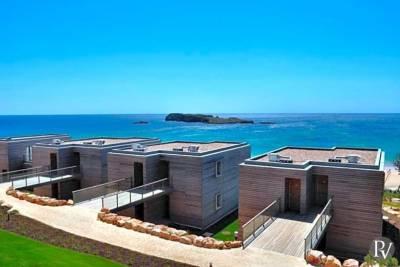 Sagres Villa Sleeps 2 Pool Air Con WiFi