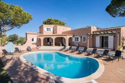 Estibeira Villa Sleeps 10 Pool Air Con WiFi