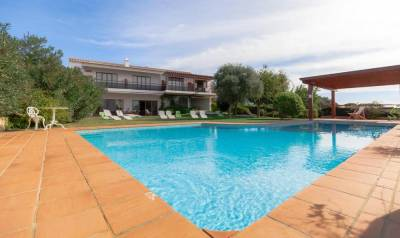 Porto de Mos Villa Sleeps 20 Pool Air Con WiFi