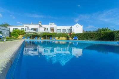 Areia Villa Sleeps 6 Air Con WiFi T574458