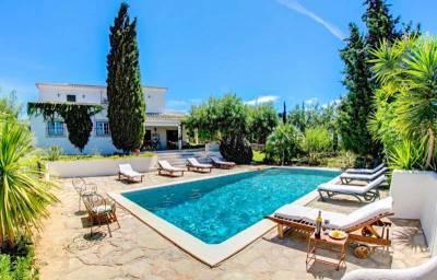 Guia Villa Sleeps 10 Pool Air Con WiFi