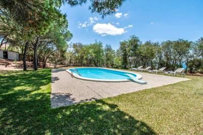 Vale de Cavalos Villa Sleeps 14 Pool WiFi