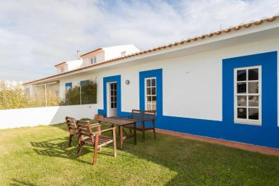 Feels Like Home Ericeira Garden House