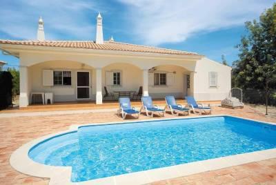 Agostos Villa Sleeps 6 Air Con WiFi