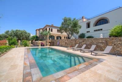 Benagil Villa Sleeps 14 Pool Air Con WiFi