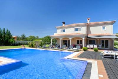 Vilamoura Villa Sleeps 10 Pool Air Con WiFi T607970