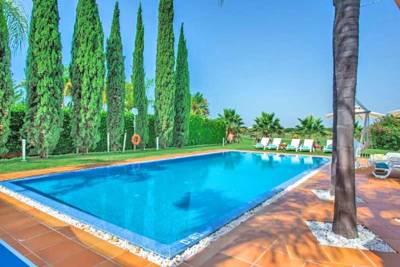 Vilamoura Villa Sleeps 12 Pool Air Con WiFi T480354