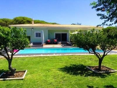 Vale do Lobo Villa Sleeps 8 Pool Air Con T607876