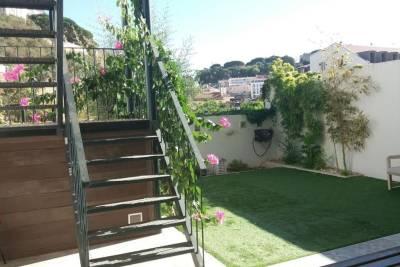 Garden Apartment w/São Jorge Castle & Graça View