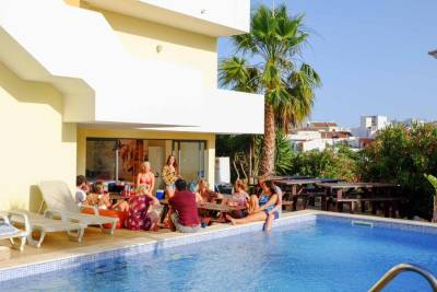 Algarve Surf Hostel - Lagos