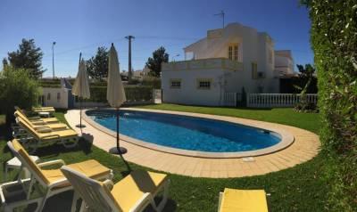 Villa Roja Pé