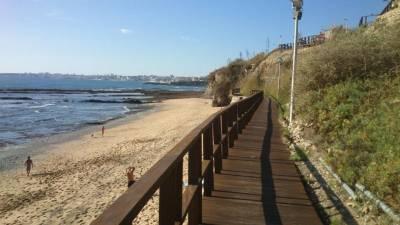 Praia das Avencas Apt.