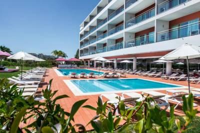 Areias Village Beach Suite Hotel