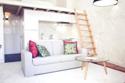 BmyGuest - Cativo Mezzanine Apartment