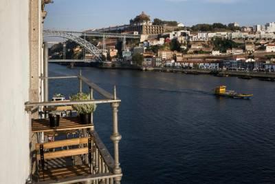 Porto by Douro Loft