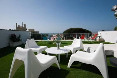 Cosy Sea View Villa
