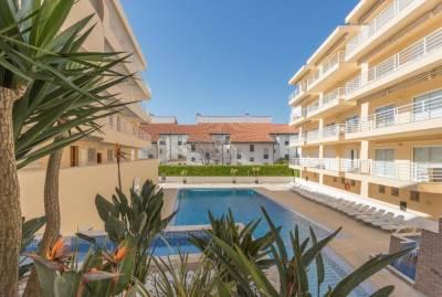Feels Like Home Vilamoura Marina Flat with Pool