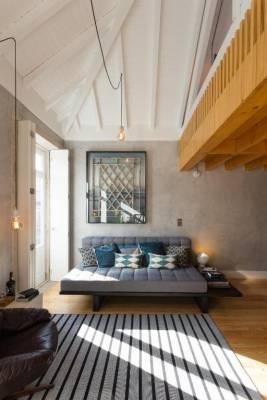 Gold & Grey Loft Almada