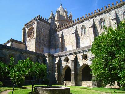Evora Cathedral cloisters