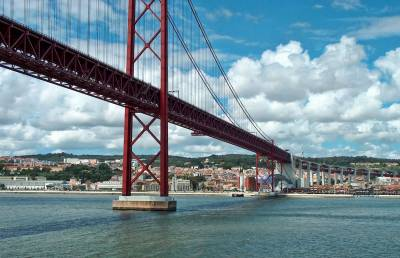 25 de Abril Suspension Bridge, Lisbon