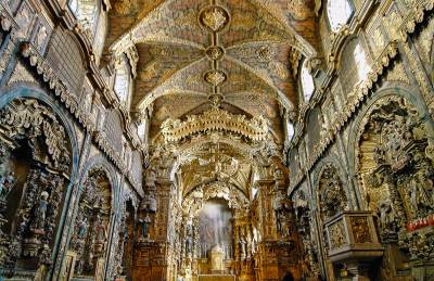Igreja de Santa Clara interior