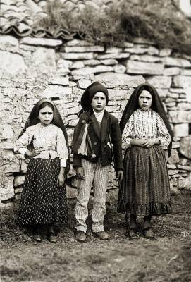 Children of Fatima - Lúcia Santos, Jacinta Marto and Francisco Marto